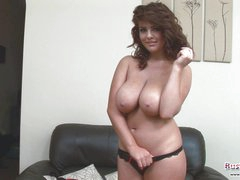 Nice-looking Babe Roxy Plays With Hooters