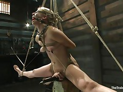 blonde milf loves rope bondage