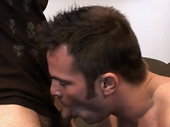 Zeek had longed to stuff his stud-hammer into a str8 guy, so he...