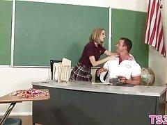 Pretty schoolgirl screwed